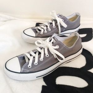 Converse All Star   Grey Low Top Sneakers M 8 W 10